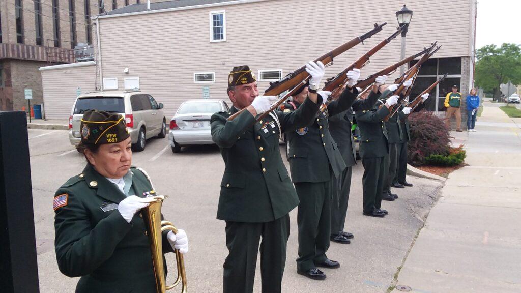 21-gun salute, Janesville 99 ceremony